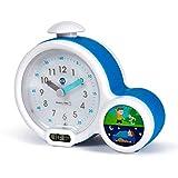 Réveil Enfant Educatif - Jour/Nuit - Lumineux - Affichage Digital - 3 Alarmes au choix - Mixte : Fille et Garcon - Secteur ou à Piles - Clock - Bleu - Pabobo x Kid Sleep