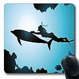 N\A Tapis de Souris Dolphin Oblong Dolphin Scuba Diver Girl Swimming with Dolphin Silhouette in Sea Fish Reefs Blue Black Tapis de Souris en Caoutchouc antidérapant Office Computer Laptop