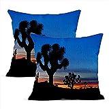 Lot de 2 housses de coussin en lin bleu Joshua Trees Silhouetted National Park Palm Springs California taies d'oreiller Square Soft Home Decor Design Throw Taie d'oreiller Chambre Canapé 18x18 pouces