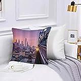 Lot de Housse de Coussin 45x45cm,Décoratif Taie d'oreiller Canapé,Philadelphie américaine sous un train de coucher de soleil brumeux sur un paysage de gratte-ciel Chambre Salon BureauTaie d'oreiller