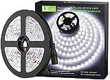 LE Ruban LED 5m, Bande LED Autocollant 300 LEDs SMD 2835 Lumière Blanche 6000K, Bandeau LED 18W 1200lm pour Chambre, Mariage, Soirée, Bar, Présentoir, Vitrine (12V Adaptateur Secteur Requise)