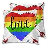 BROWCIN Taie d'oreiller Lot de 2 Décorations de fierté Coeur Arc-en-Ciel dessiné à la Main avec des flèches et des griffonnages Mot d'amour homosexualité Housse De Coussin 30cm x 30cm