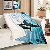 L.R.D Dauphin Couverture légère Scuba Diver Girl Swimming with Dolphin Silhouette in Sea Fish Reefs Couverture Chaude Blue Black 50''X60'',W153*L127cm